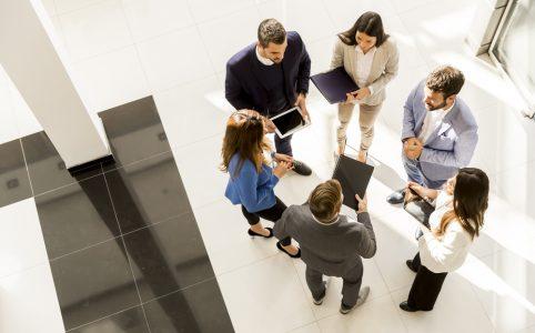 Staand vergaderen, de nieuwe kantoortrend